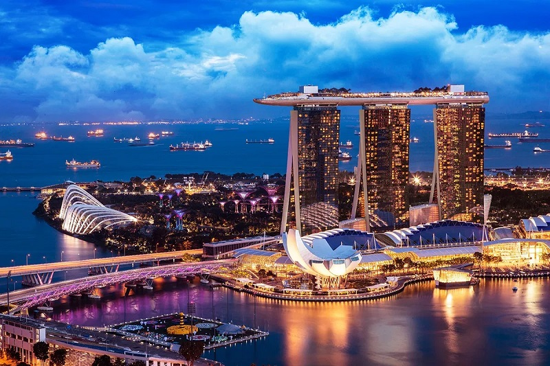 Hurry up and go for a long step in Singapore! Six reasons to live in Singapore