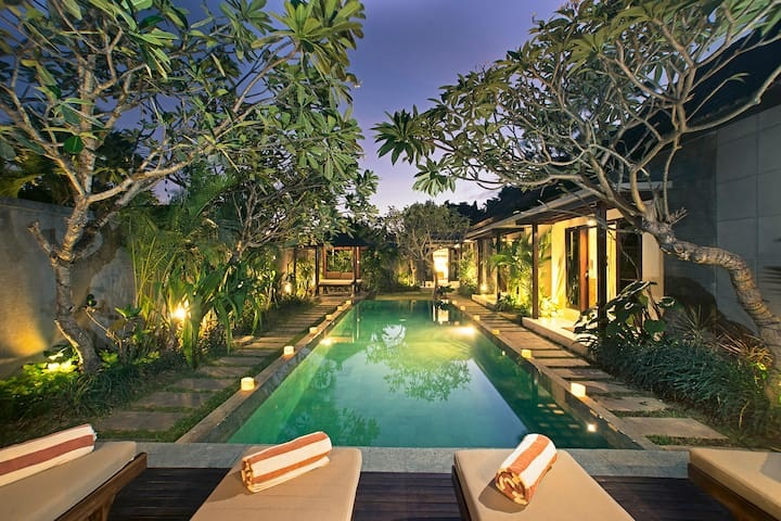 Seminyak Villas for Rent: The Perfect Place for Quiet Time and Tropical Experience