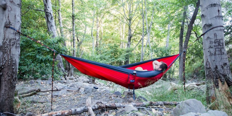 Make Your Trips Extra Comfortable With A Camping Hammock